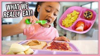 What We Eat in a Day! *Realistic Easy Meals* (Single Mom & 4 Year Old)