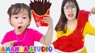 Amanda Pretend Play with Kitchen Restaurant Toys and Real Food | 레인보우 생일 케이크 만들기