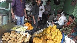 It's a Breakfast Time in Maharashtra - (Poha/Samosa/Moong vada) - Street Food India