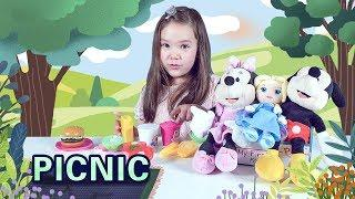 Learn English Food Names, Fruits, and Vegetables with picnic story