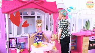 Kelly and Ken take care of Barbie, Ken goes to the supermarket to buy Barbie fresh fruit