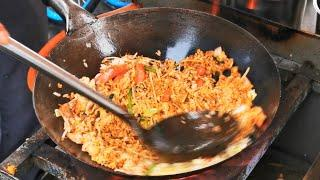 Chinese Street Food-YangZhou Fried Rice And Fried Noodles